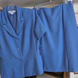 2 PC short sleeve Blue suit  NWT